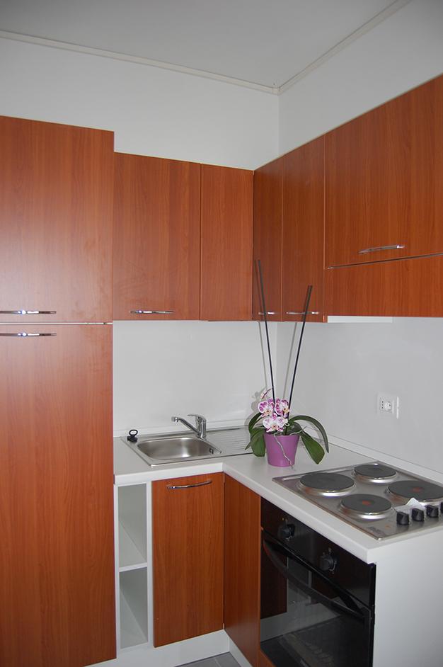 Affitti monolocali e appartamenti torvergata appartamento - Mobile porta forno microonde ...
